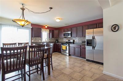 New Britain Condo/Townhouse For Sale: 57 Konstin Place #A