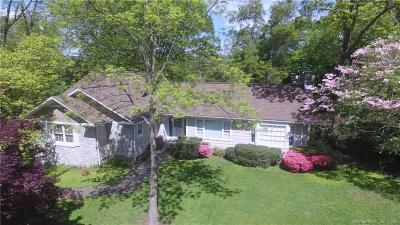 Fairfield Single Family Home For Sale: 66 Meadowcrest Drive