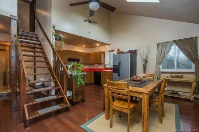 Shelton Single Family Home For Sale: 11 Totem Trail