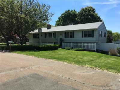 Branford Single Family Home For Sale: 2 Victoria Drive