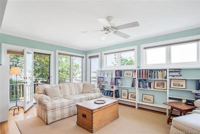 Norwalk Single Family Home For Sale: 22 Shorefront Park