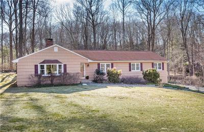Ridgefield Single Family Home For Sale: 68 Nursery Road