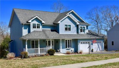 Stonington Single Family Home For Sale: 27 Croft Court