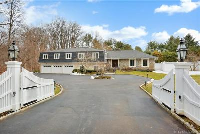 Fairfield County Single Family Home For Sale: 633 Round Hill Road