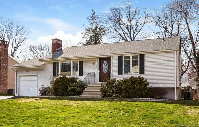 Stamford Single Family Home For Sale: 60 Autumn Lane