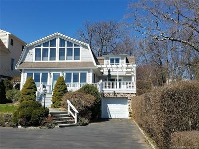 West Haven Single Family Home For Sale: 744 Ocean Avenue