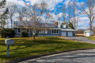 Old Lyme Single Family Home For Sale: 12 Beechwood Lane