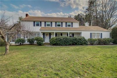 Hamden Single Family Home For Sale: 105 Old Farm Road