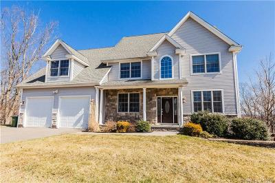 Cromwell Single Family Home For Sale: 15 Sovereign Ridge