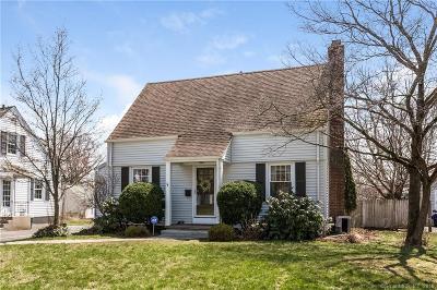 Fairfield Single Family Home For Sale: 27 Green Acres Lane