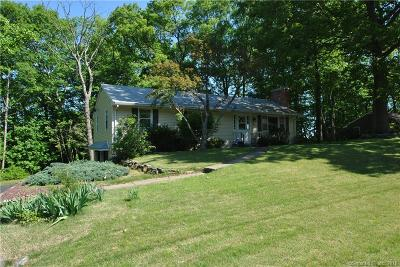 Trumbull Single Family Home For Sale: 66 Woodhaven Drive