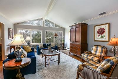 Stamford Single Family Home For Sale: 44 Cherry Hill Road