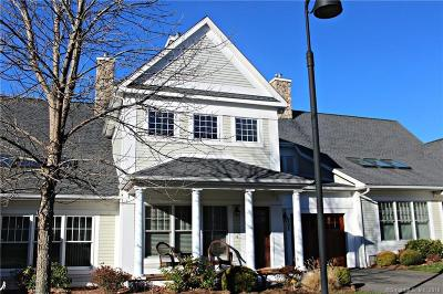 South Windsor Condo/Townhouse For Sale: 202 Strawberry Lane #202