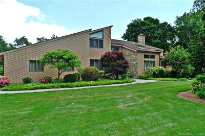 Easton Single Family Home For Sale: 15 Westwood Drive