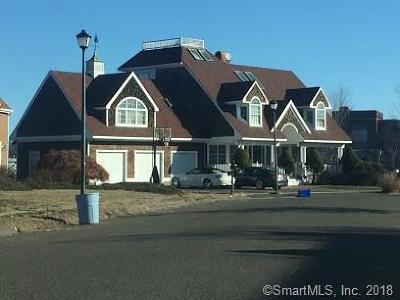 Stratford Single Family Home For Sale: 161 Captains Walk