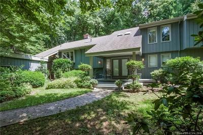 Avon CT Single Family Home For Sale: $375,000