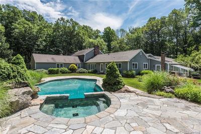 Newtown Single Family Home For Sale: 10 Bradley Lane