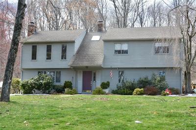 Meriden Single Family Home For Sale: 538 Brownstone Ridge
