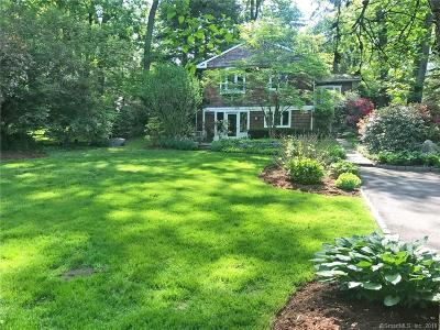 Norwalk Single Family Home For Sale: 24 Harstrom Place