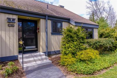 Southbury Condo/Townhouse For Sale: 885 Heritage Village #B