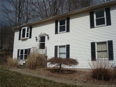 Danbury Single Family Home For Sale: 61 Pembroke Road