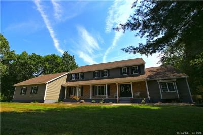 Southington Single Family Home For Sale: 41 Doe Meadow Court