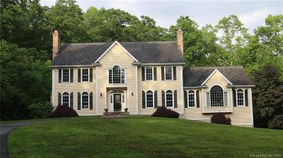 Fairfield County Single Family Home For Sale: 115 Old Stonewall Road