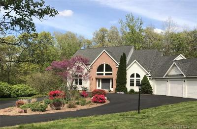 Cheshire Single Family Home For Sale: 21 Mountaincrest Drive