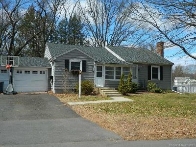 New Haven County Single Family Home For Sale: 11 Hilltop Road