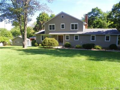 New Fairfield Single Family Home For Sale: 3 Meetinghouse Hill Circle