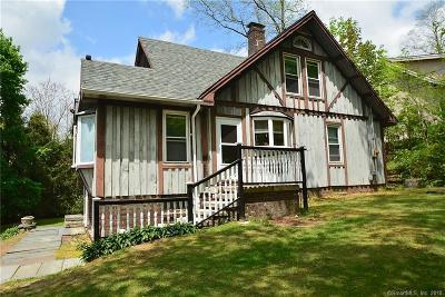 Naugatuck Single Family Home For Sale: 256 Wooster Street