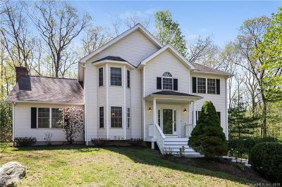 NEWTOWN Single Family Home For Sale: 2 Avalon Way