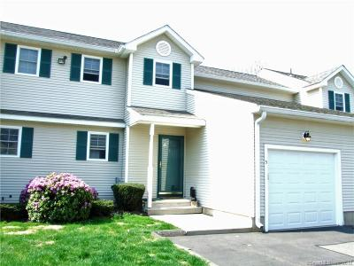 Southington Condo/Townhouse For Sale: 962 South Main Street #5