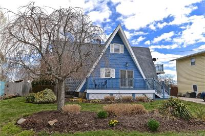 Stratford Single Family Home For Sale: 68 2nd Avenue