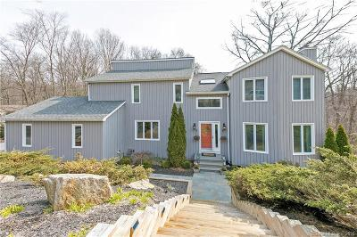 Shelton Single Family Home For Sale: 30 Captains Watch