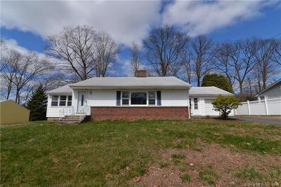 Meriden Single Family Home For Sale: 68 Robin Hill Road