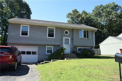 Naugatuck Single Family Home For Sale: 4 Harvest Lane