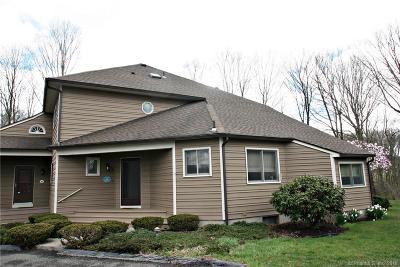 Shelton Condo/Townhouse For Sale: 2 Meeting House Lane #2
