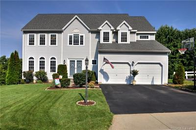 Milford CT Single Family Home For Sale: $487,500
