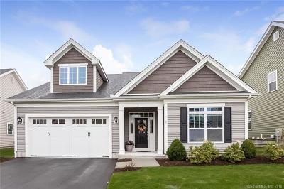 Beacon Falls Condo/Townhouse For Sale: 7 Dogwood Lane #7