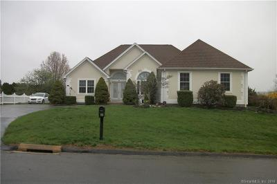 East Haven Single Family Home For Sale: 41 Robby Lane
