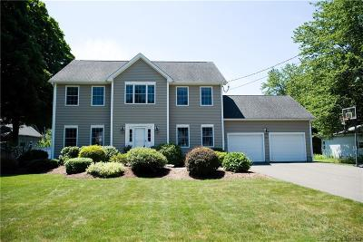 Cheshire Single Family Home For Sale: 721 Ives Row