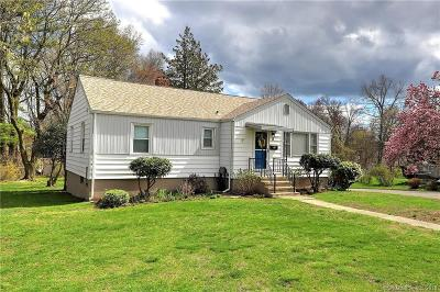 Milford CT Single Family Home For Sale: $295,000