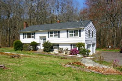 Shelton Single Family Home For Sale: 36 Country Ridge Drive