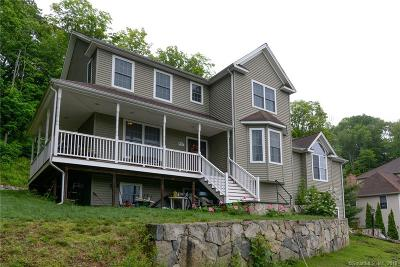 Naugatuck Single Family Home For Sale: 271 Jones Road
