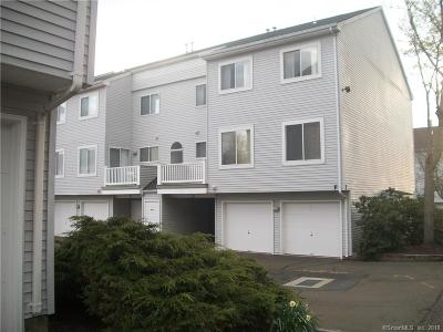 Wallingford CT Condo/Townhouse For Sale: $174,900