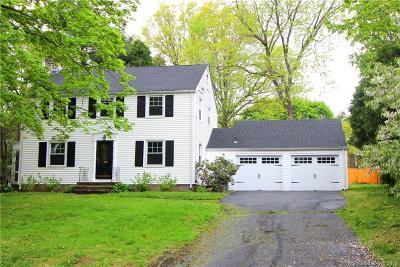 Hamden Single Family Home For Sale: 16 Jesswig Drive