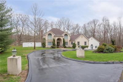 Single Family Home For Sale: 4 Fawn Meadow Lane