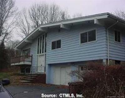 Orange Single Family Home For Sale: 715 Cranberry Lane