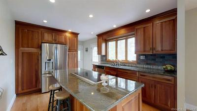 Milford CT Single Family Home For Sale: $469,500